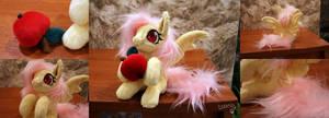 Flutterbat with apple