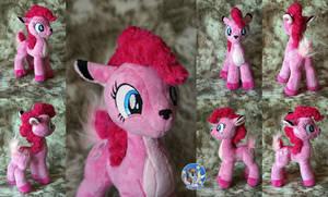 Pinkie Doe by Essorille