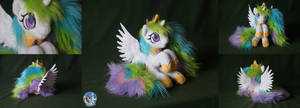 Tiny but fluffy princess Celestia