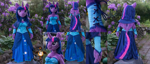 <b>Lifesize Anthro Twilight Sparkle Plushie</b><br><i>Essorille</i>