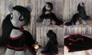 Octavia in black dress by Essorille