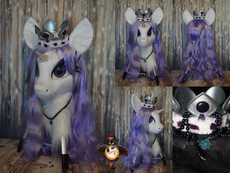 Princess Platinum fursuit head