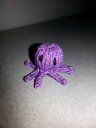 Mini Octopus  by vampirenova