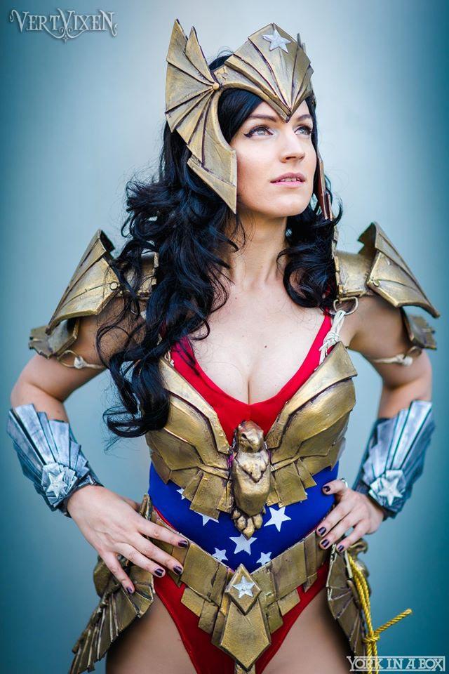 Wonder Woman Dreams by Vert-Vixen