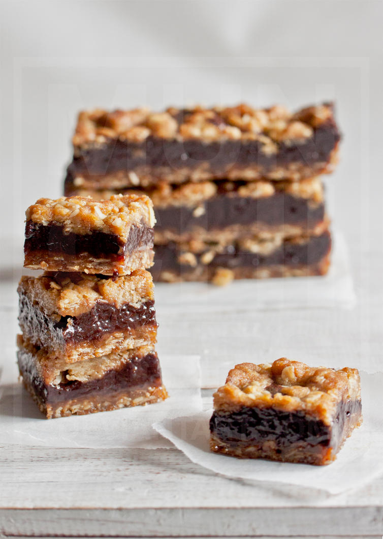 Magic Fudgy Squares by munchinees
