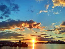 Desucon 2012 - Sunset by Joppu
