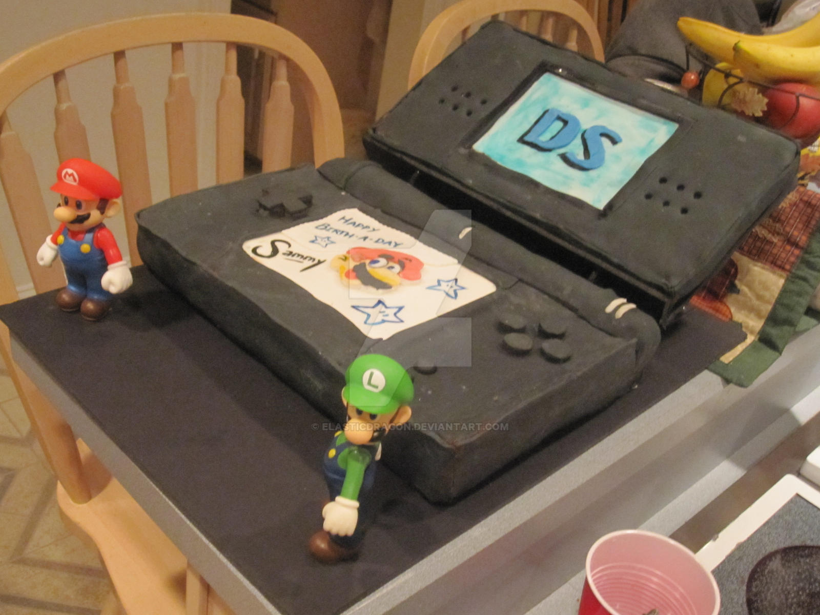 Nintendo DS Cake by elasticdragon
