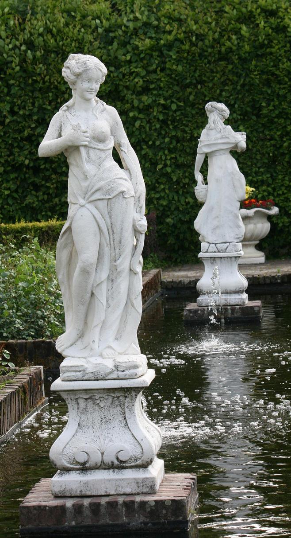figures in castlegarden by ingeline-art