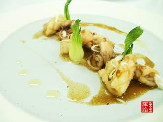 Stir-Fried Squid with Baby Bok Choy