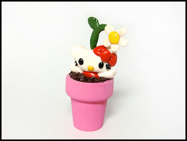 Hello Kitty Flowerpot Figure by GrandmaThunderpants