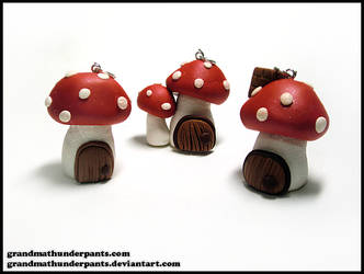 Gnome Homes by GrandmaThunderpants