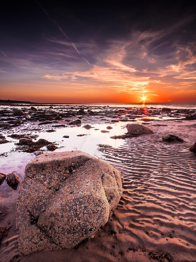 Late Summer Sunset at Dinas Dinlle Beach by Sjones69