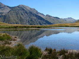 Mountains's reflect by Momotte2