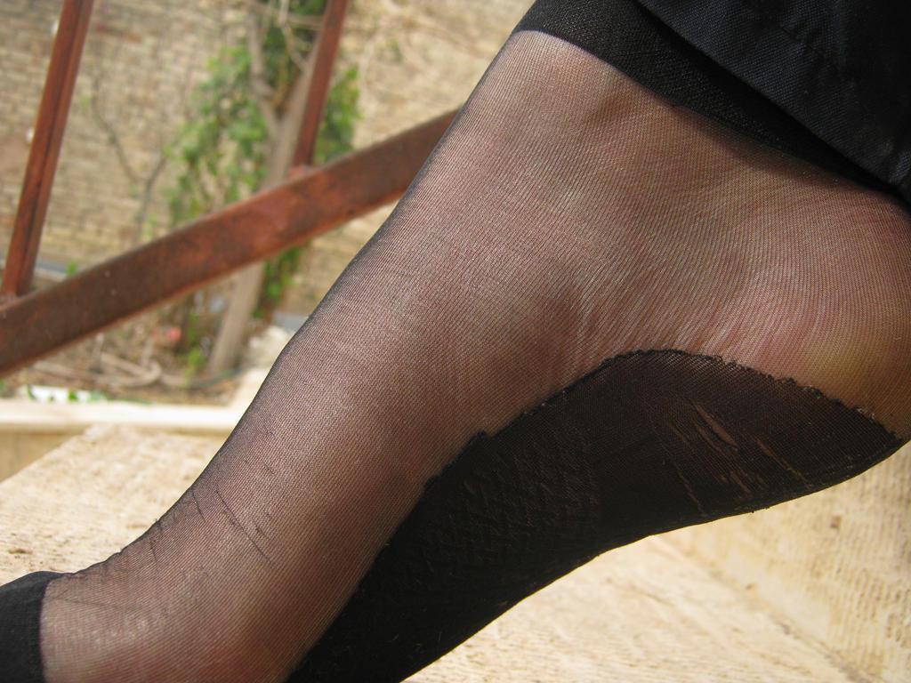 foot by faridmohammadichian