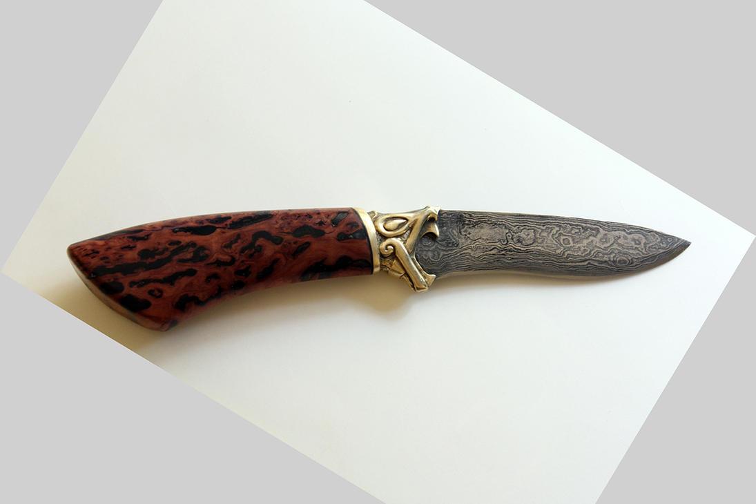 Bloodhound knife by Ugrik