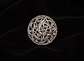 Silver Pitney brooch by Ugrik
