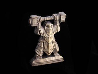 Dwarven statue miniature by Ugrik