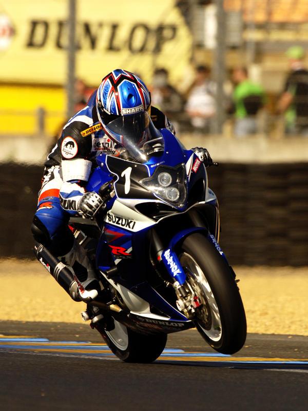 Suzuki  Le Mans Moto 2007 by DaveAyerstDavies