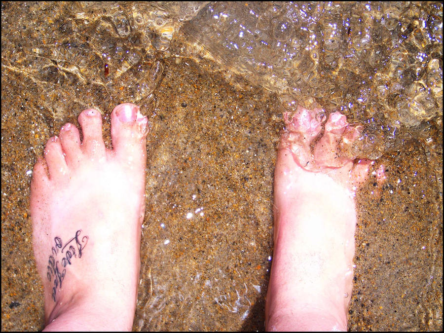 toes in the water by HMJS-Photography
