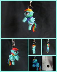 Rainbow Dash Charm by minnichi