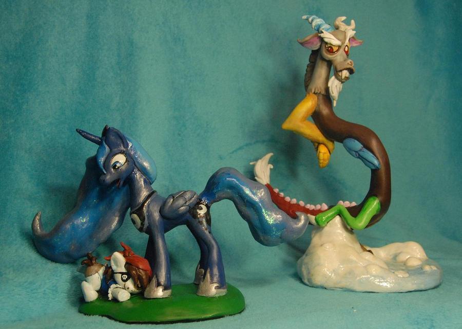 MLP- Friendship is Magic - Discord  Luna Sculpts by Miki-