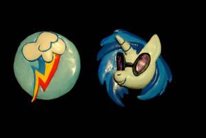 MLP -  Rainbow Dash CM and DJ Pon-3 Belt Buckles by Miki-