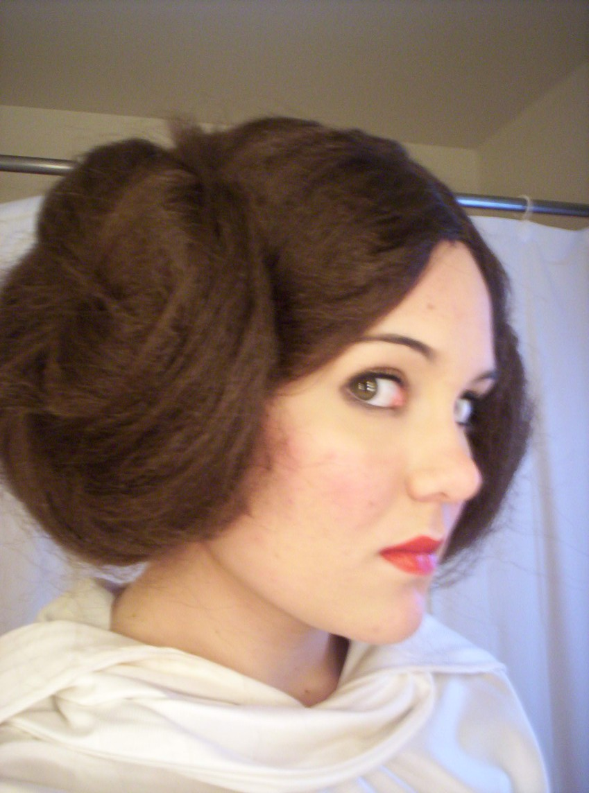Princess Leia Cosplay 2 by kcjedi89