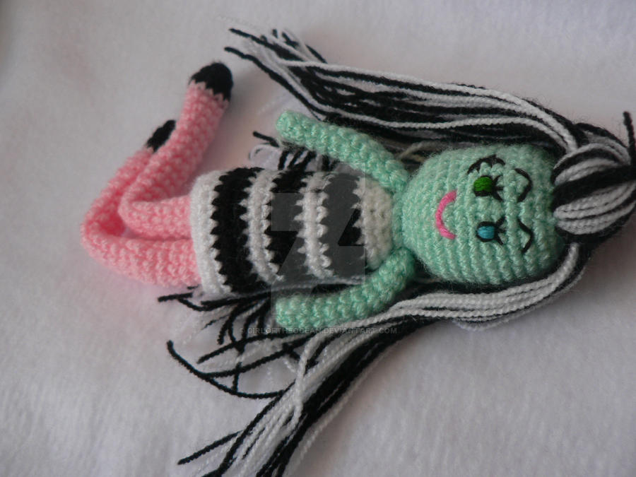 MONSTER HIGH PELUCHE (With images) | Crochet monster high, Crochet ... | 675x900