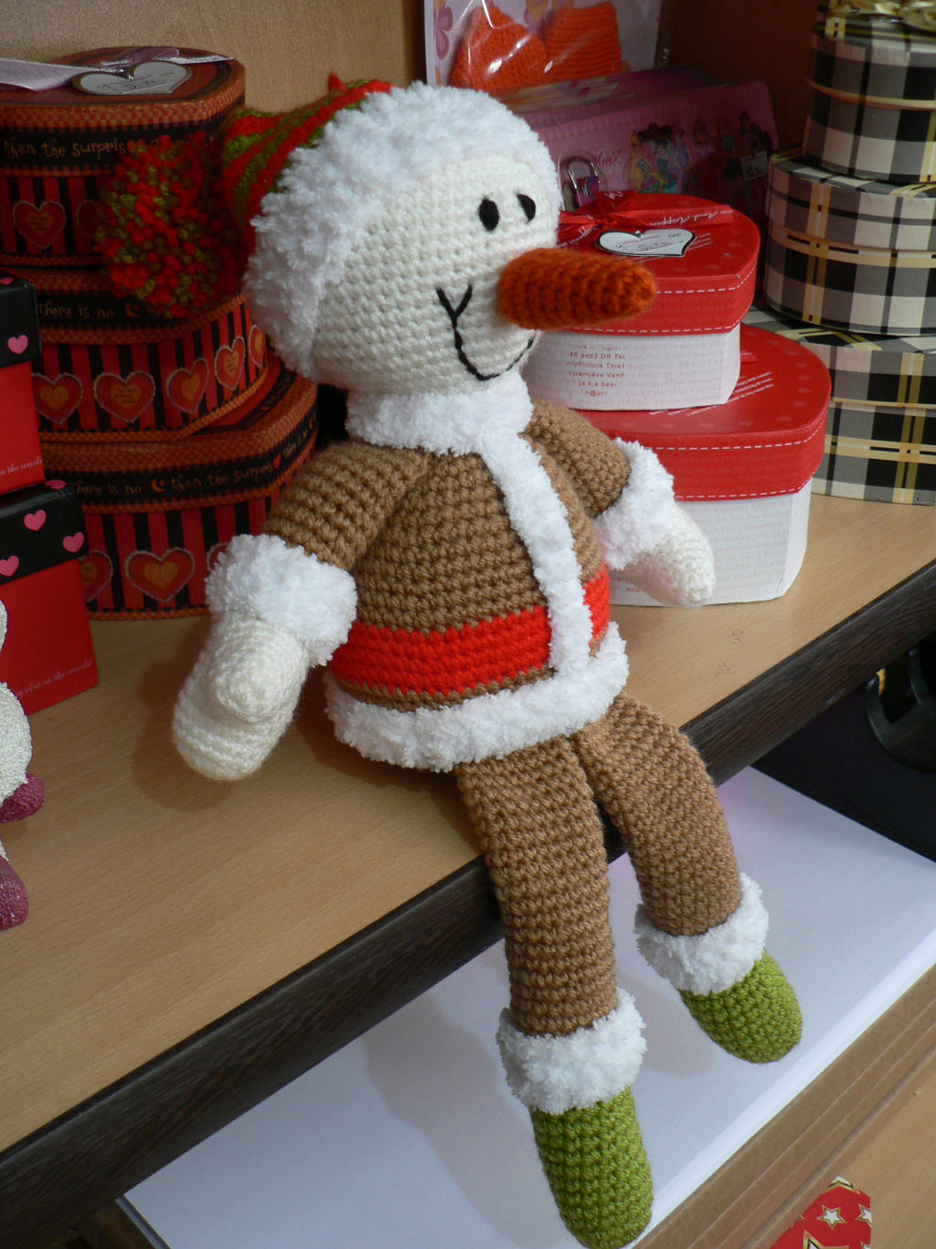 amigurumi christmas ornament by GirlOfTheOcean on deviantART