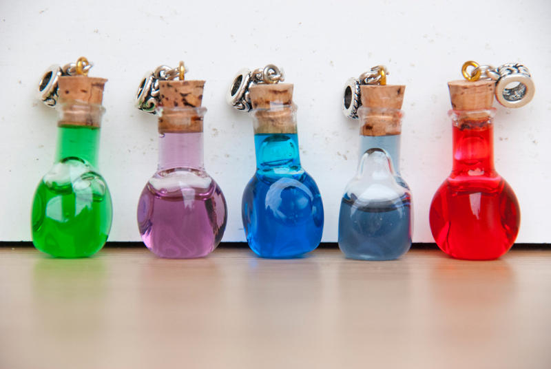 Magic Potions by IvrinielsArtNCosplay