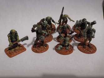 Some warhammer zombies by TheBrave