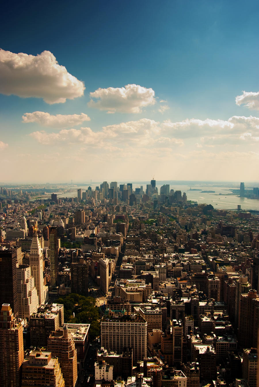 New York City by xPerigryn