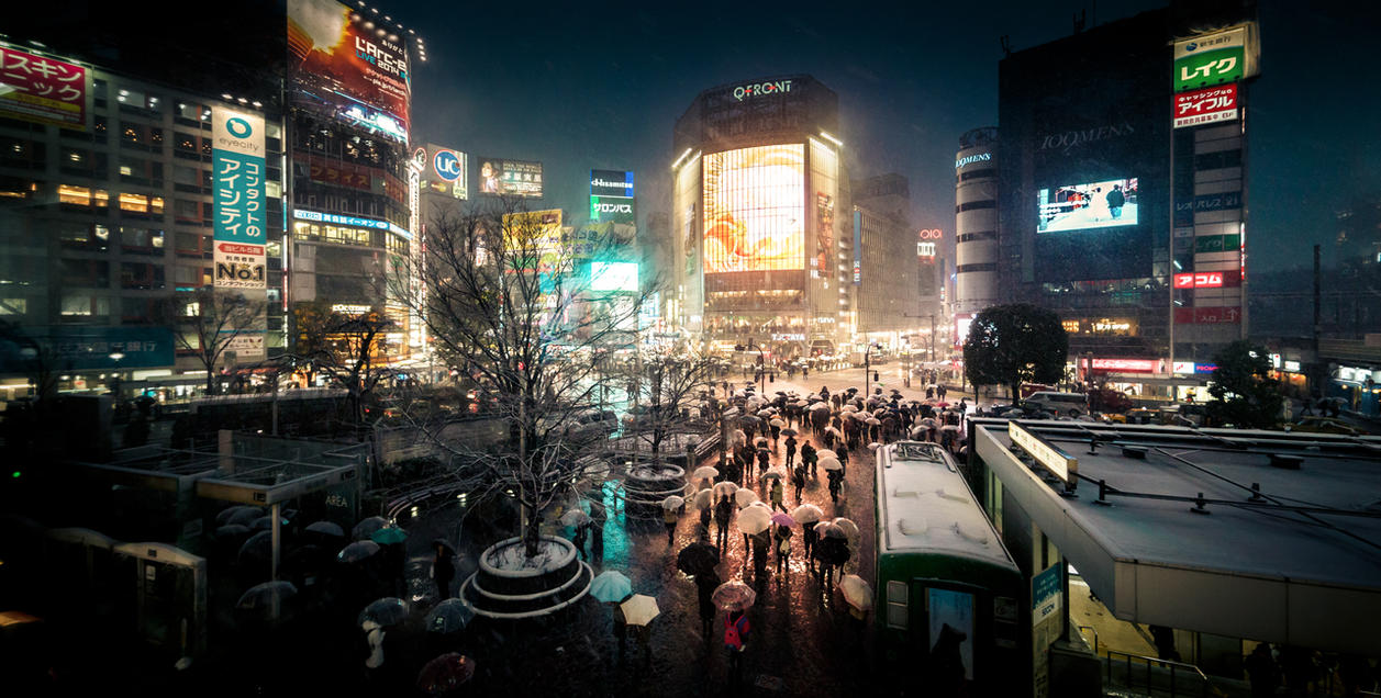 shibuya crossing at night by ChristianRudat