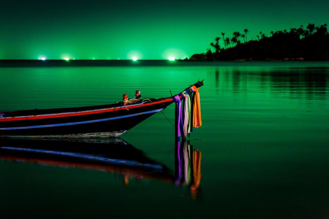 Koh Phangan beach at night by ChristianRudat