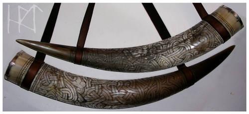 Viking Drinking Horn by Sholosh