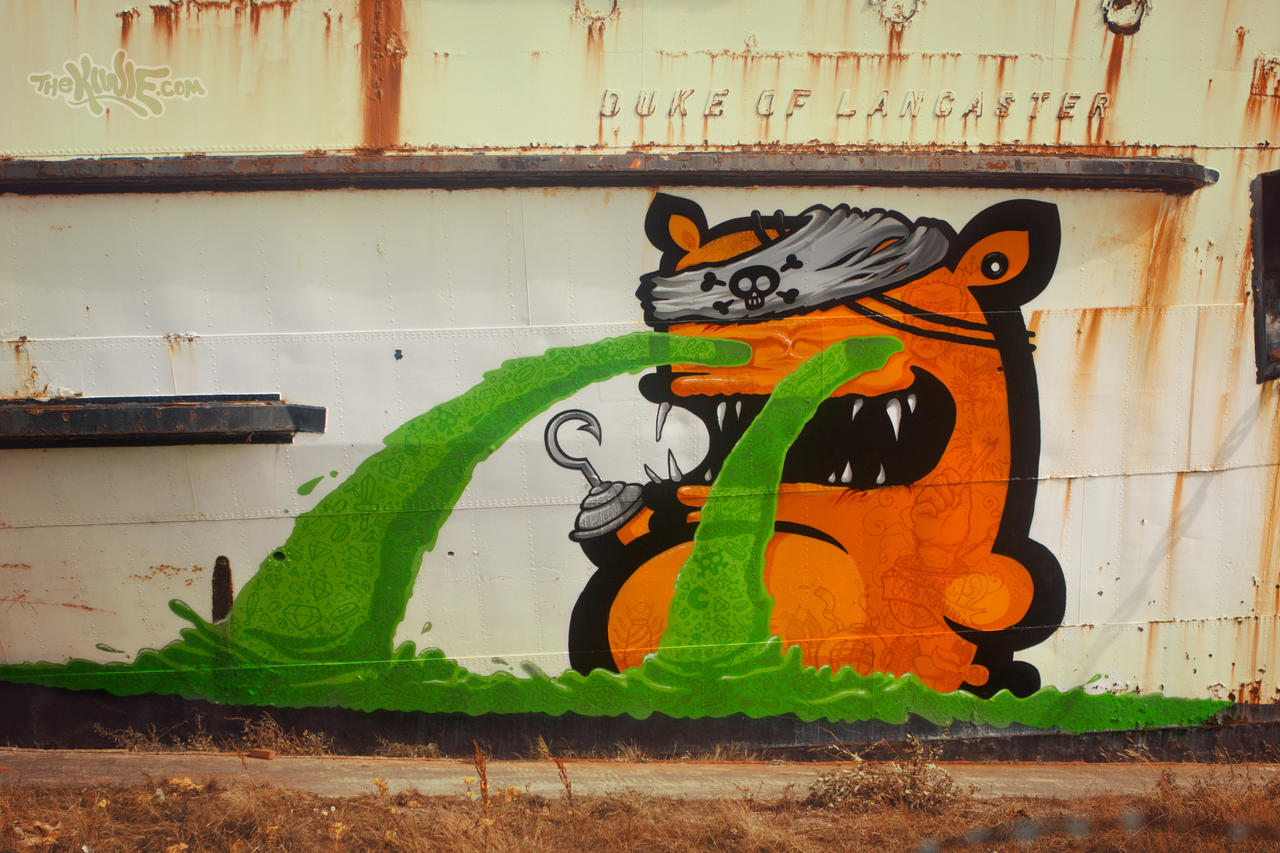 KIWIE PIRATE by KIWIE-FAT-MONSTER