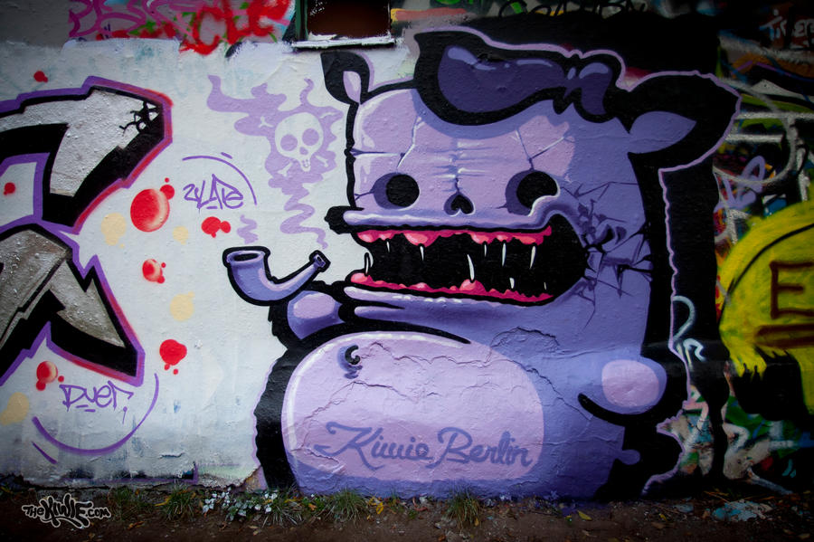 THE SMOKE by KIWIE-FAT-MONSTER