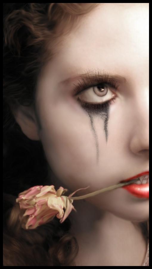 Vampiress by fleurdemai