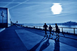 Morning runners by CyrilRoussy