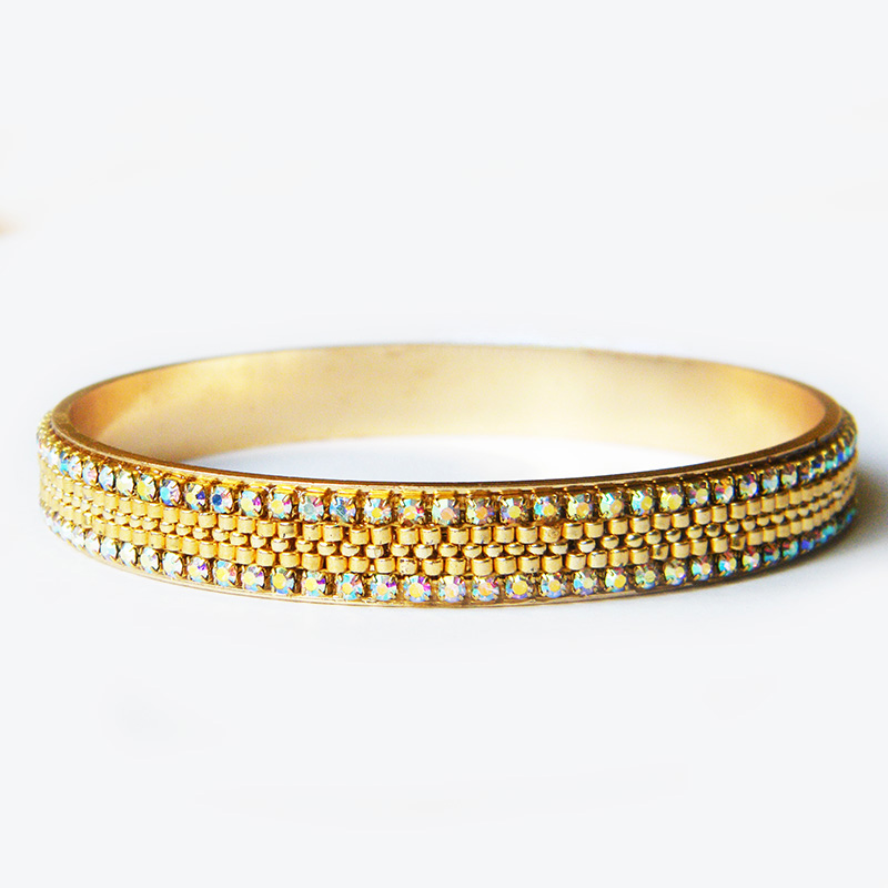 Gold treasure bangle bracelet by Sol89