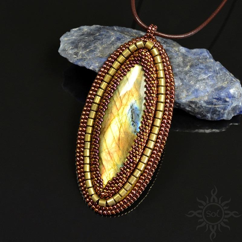 Arbre pendant by Sol89