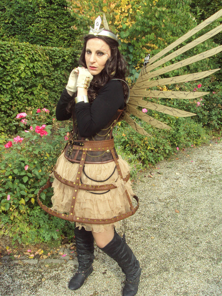Steampunk girl by LindyvdBosch