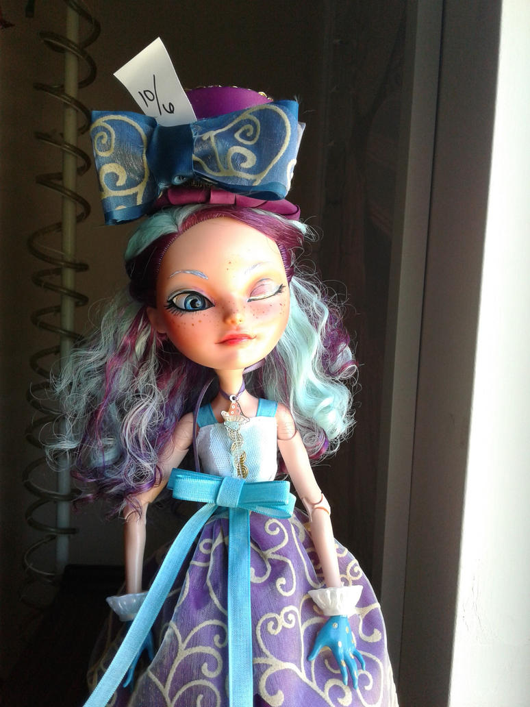 Madeline Hatter by alice-time