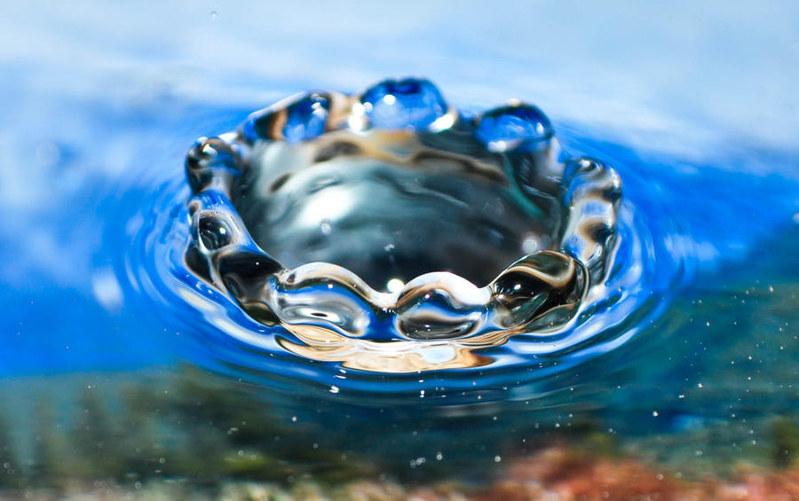 Waterdrop 3 by Wagonwheel101