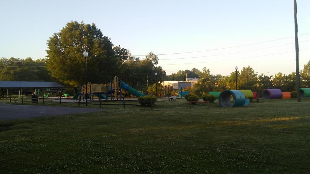 Philip's Park Jacksonville NC by EmanuelJones