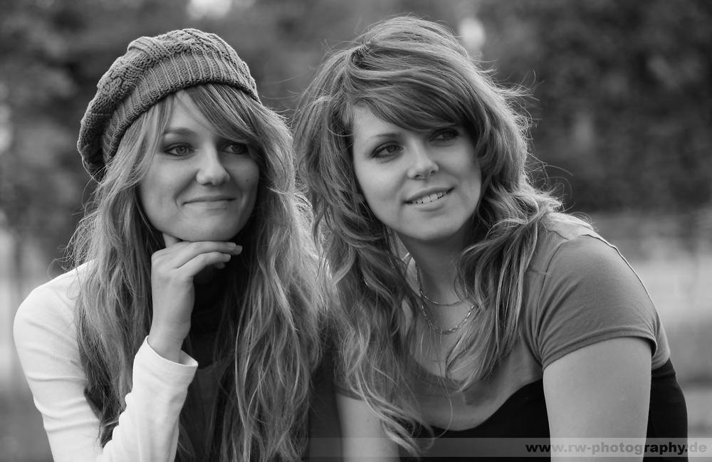 Sara and Maria by schnurpelchen18