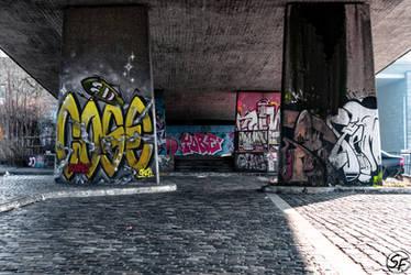 Graffiti Bridge by Man90Ray