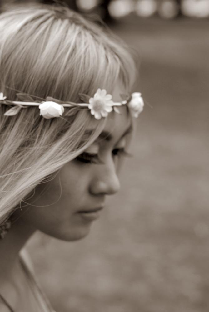 Nikki by Chasingfireflies-Oz