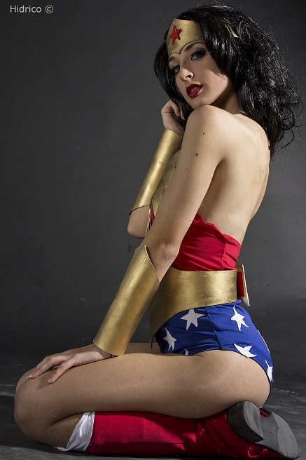 sexy Wonder Woman by ivettepuig