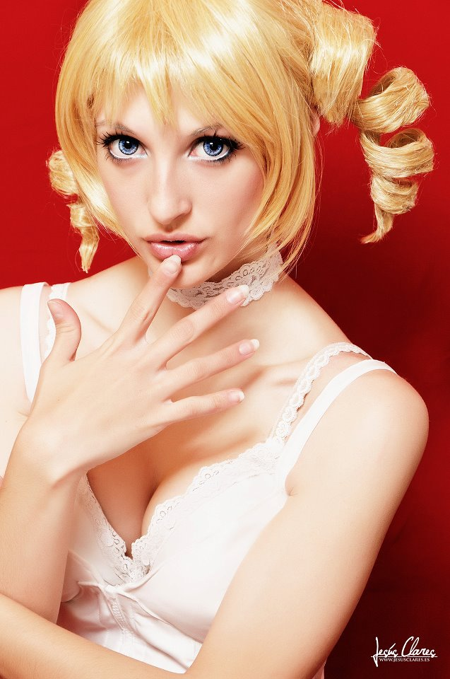 Catherine 3 by ivettepuig